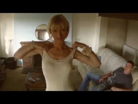 UK MILF gets amateur partner doing porn (behind the scenes)