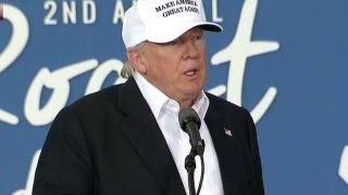 Trump addresses death of Dwyane Wades cousin in Iowa speech