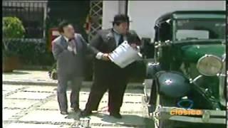 CHESPIRITO 1980- El Gordo y el Flaco- El día de lavar el carro HD