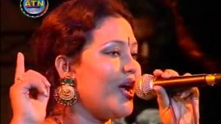 Bangla Folk Song By Momotaz   Bandhilam Piriter Ghar   YouTube