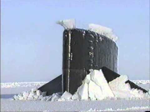 всплытие русской подводной лодки в арктике