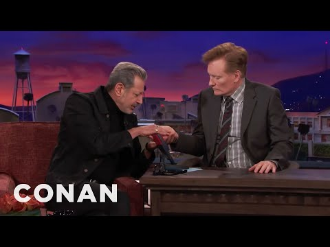 Xxx Mp4 Jeff Goldblum Thinks Palm Reading Is Nonsense CONAN On TBS 3gp Sex
