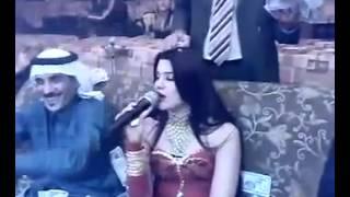 drunk saudi arabian throwing money like hell