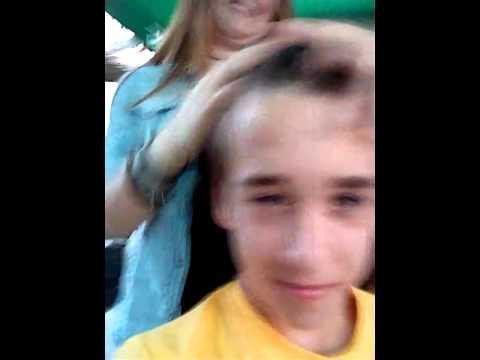 Pravljenje frizure :3