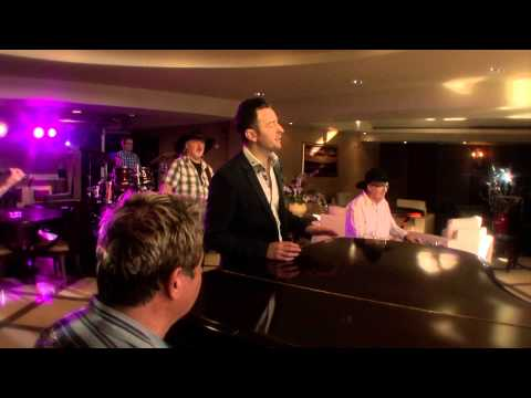 Jim Devine Leighann Loves To Dance Official Music Video