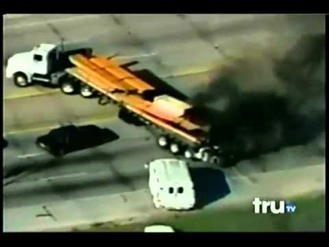 Perseguição impressionante à um caminhão no EUA.