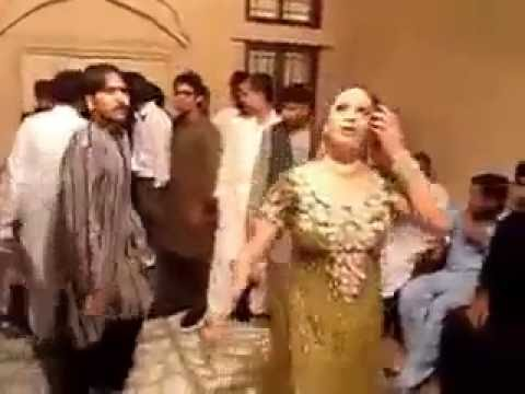 Xxx Mp4 HOT DESI PUNJABI DANCE MUJRA IN WEDDING 3gp Sex