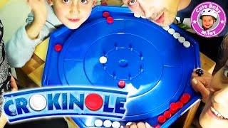 Wir spielen Crokinole - traditionelles Schnippspiel für die ganze Familie - Kinderkanal