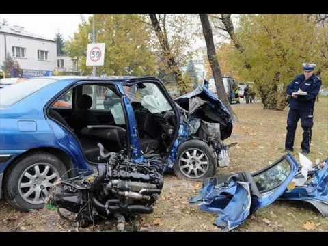 Tragiczne wypadki samochodowe drogowe śmiertelne drastyczne kompilacja