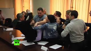 Bloody nose & head injury: Fist fight erupts between members of opposition parties in Georgia