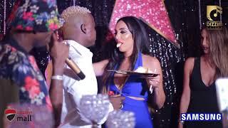 Birthday ya Harmonize, Mama Diamond Platnumz ajimwaga jukwaani kuicheza 'SHERI' ya Rich Mavoko