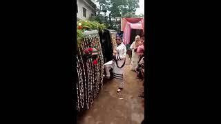 এটা আমি কি দেখলাম যেমন জামাই তেমন গাড়ি । rj saimur । swadesh tv  । Bangla funny Video