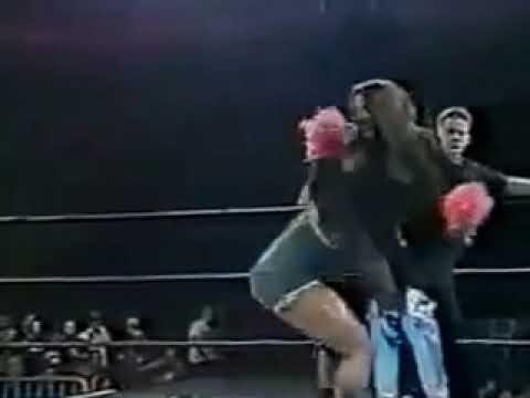 WWE STAR STRIPLLER naked her ....😏😏