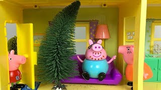 CHRISTMAS STORY WITH PEPPA PIG - DADDY AND THE KIDS GO TO FIND THE PERFECT TREE
