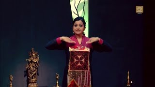 Learn Kathak (Basic Dance Steps) - Hastak (Hand Movements) - Pali Chandra