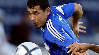 يونس محمود يسجل 6 أهداف في مباراة واحدة
