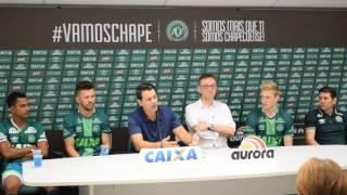 Apresentação dos jogadores Grolli, Nadson e Rossi na  Arena Condá.