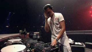 Tiesto - Tell Me Why - Live At Sensation White