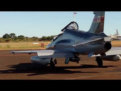 HAWK 127 TAKE OFF AND JET BLASTED WHILE PARKING