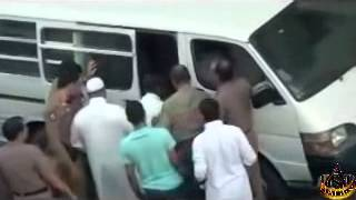 An Ethiopian Woman being kidnapped, abused and dragged into a car mp4