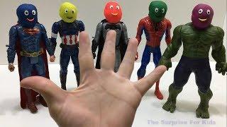 Finger Family Song Superheroes   で色を学ぶ 赤ちゃんの幼児 - 子供のための色づ