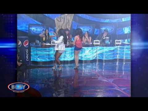 BCPy 2012 Larissa Riquelme y Mily La Kchorrita cantan Amiga Mía