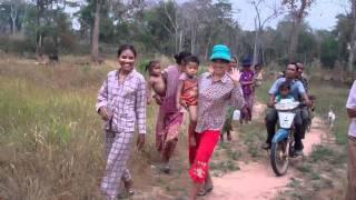 Siem Reap: Journey to Chrung Village School