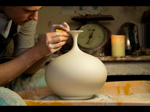 Throwing a Round Bellied Vase with Flared Top Matt Horne Pottery