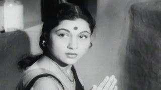 Nirupa Roy, Chhaya - Scene 1/15