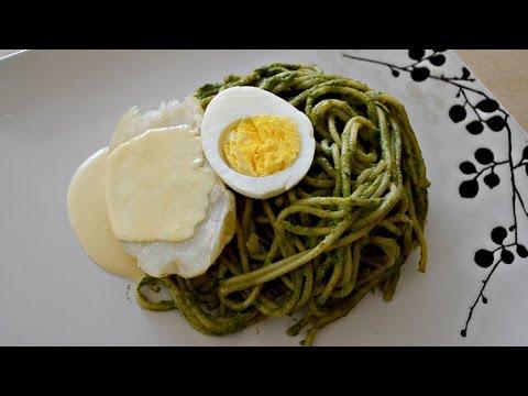 Tallarines Verdes con Papa a la Huancaína Cocina Típica Peruana
