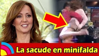 A Andrea Legarreta LA SACUDEN con MINIFALDA y ENSEÑA TODO