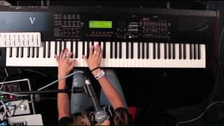 Hillsong Live - We Glorify Your Name - Keys 1