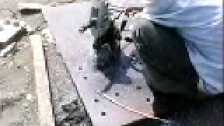 slugger hole maker Magnetic base drilling machine with annular core cutters.3gp