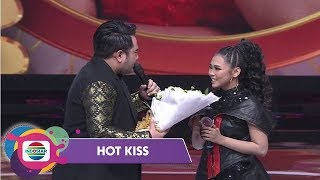 Lagi-Lagi Nassar Merayu Selfi di Panggung DA Asia 4 - Hot Kiss
