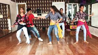 Humko aaj kal hai intezaar bollywood dance
