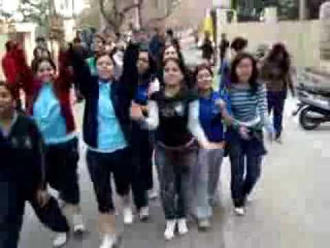 INdian girls abusing