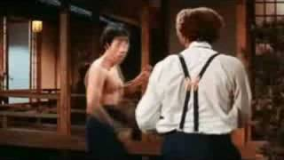 Jackie Chan VS Bruce Lee