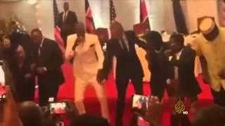 فيديو: أوباما يستعرض مهاراته في الرقص على أنغام موسيقى الليبالا الشعبية في كينيا
