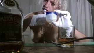 KLITCLIQUE - DER FEMINIST F€M1N1$T