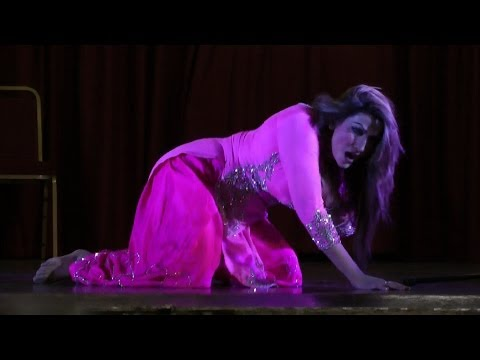 Saima Khan dance at The stage drama Comedy Dangal Presented by JR Entertainment