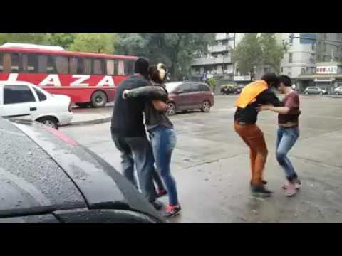 Bailando Guaracha santiagueña a la salida de Latino Once