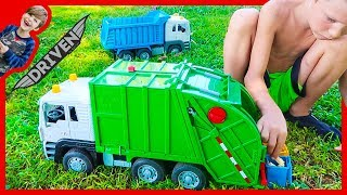 Recycling Trucks and Dump Trucks For Kids Clean up the Park!
