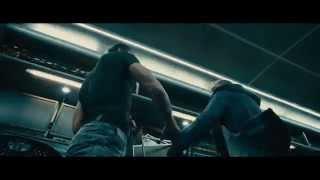 FAST & FURIOUS 7 - Scena del film in italiano