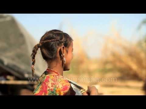 Cute girl living the rural life in Jaisalmer, Rajasthan