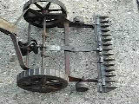 Sickle bar push mower