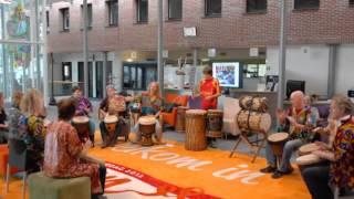 Arafan Toure Feraba Djembe 2012 Hiparikaan. Rhenen Fairtrade markt. 24 nov 2012