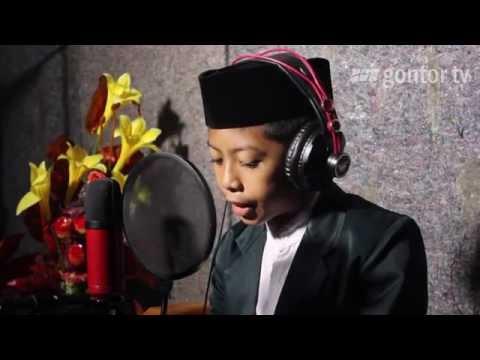Indonesian young qori' recites Al-Fajr. Farhan Syihabuddin - JMQ Gontor