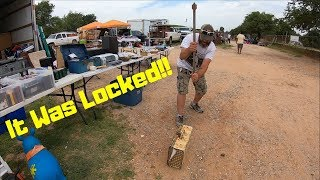 Making Money At The Flea Market Selling Storage Unit Finds | Found Locked Briefcase In Trash!