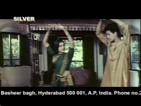 bhanu priya hot navel
