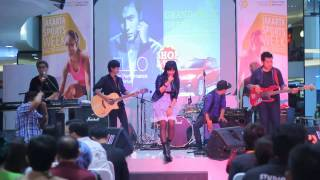 queen and amp jacks that and 39 s enough accoustic perform at fx sudirman